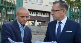 Podrobiony dokument i straszenie uchodźcami. Urząd Miasta zawiadamia prokuraturę