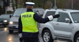 Jak zachować się, gdy ruchem kieruje policjant? [VIDEO]