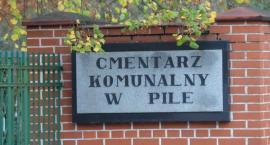 1.XI: Procesja i msza na cmentarzu w Pile