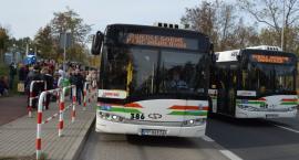 Co z bezpłatnymi autobusami na cmentarz w kolejnych latach?