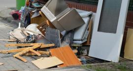 Śmieciowy chaos w Pile i regionie. Altvater odpowiada na zarzuty