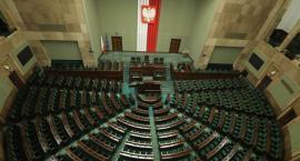 Exit poll: PiS wygrywa wybory w Polsce