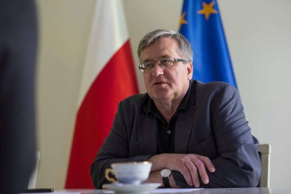 """Wywiad, """"Tu siedziałem wolność"""" Bronisław Komorowski pobycie pułtuskim więzieniu - zdjęcie, fotografia"""