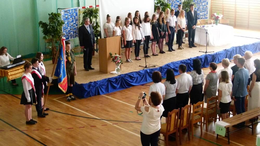 Szkoły gminne, Dzień Patrona Winnicy - zdjęcie, fotografia