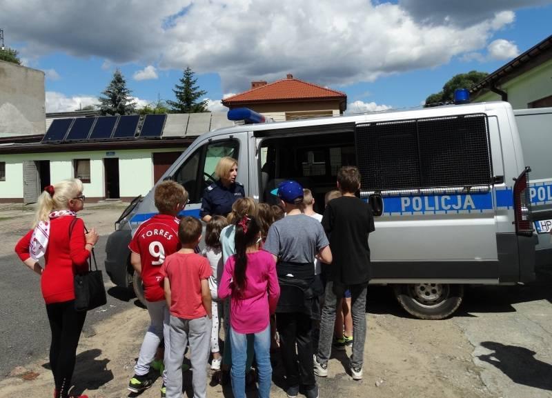 artykuły, Dzieci wizytą pułtuskiej komendzie - zdjęcie, fotografia