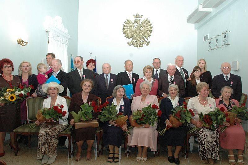 Seniorzy, Wytrwali przysiędze przez pół wieku - zdjęcie, fotografia