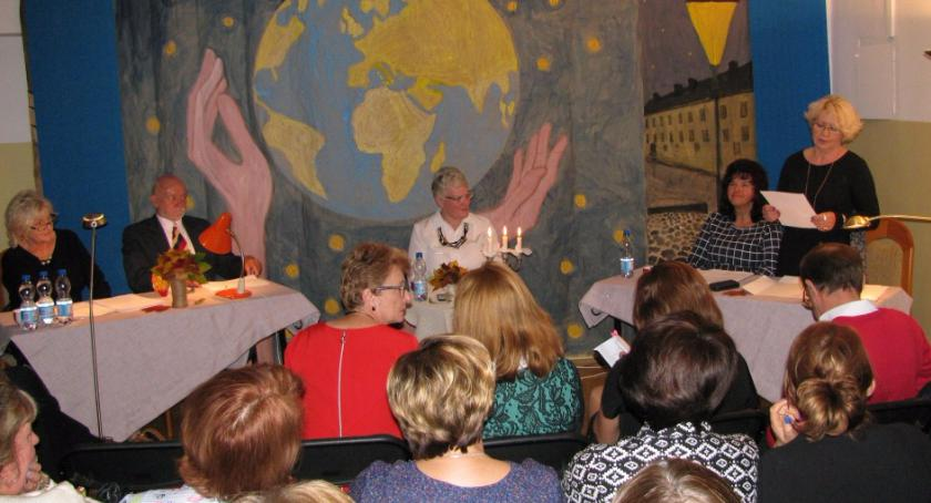 Wydarzenia, Rozmowy globalizacji spotkaniu kultur - zdjęcie, fotografia