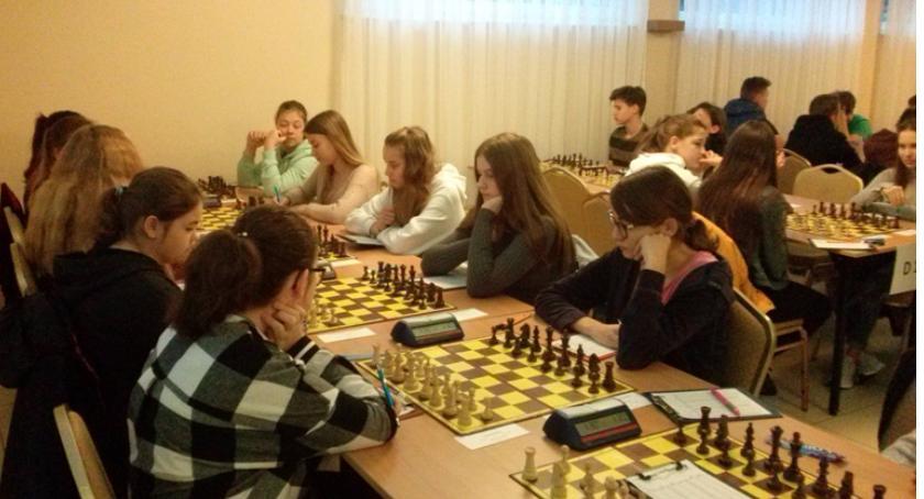 Wydarzenia, Najnowsze wiadomości szachowe - zdjęcie, fotografia