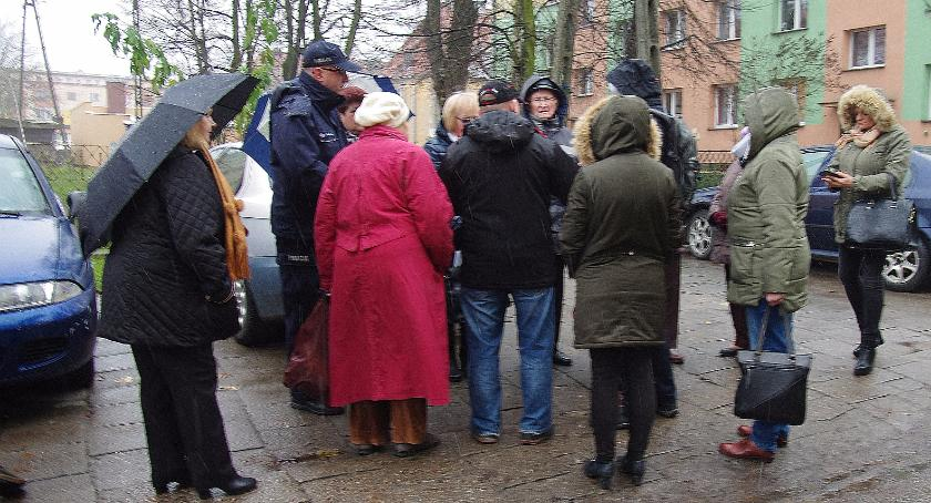 Interwencje PGP, Spotkanie mieszkańcami sprawie przebudowy Kombatantów - zdjęcie, fotografia