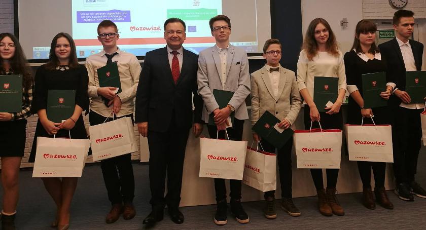 Wydarzenia, Uczniowie Pułtuska wśród najlepszych Mazowszu - zdjęcie, fotografia