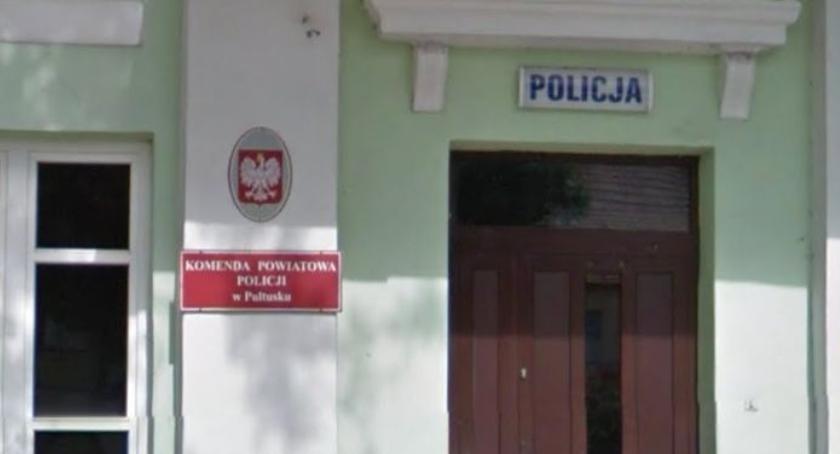 Policja, Zagroził zdetonowaniem bomby pułtuskiej komendzie - zdjęcie, fotografia