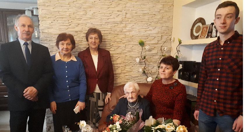 Seniorzy, Zofii Nałęcz - zdjęcie, fotografia