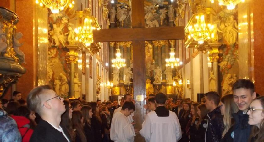 Wydarzenia, Pielgrzymka maturzystów Prusa - zdjęcie, fotografia