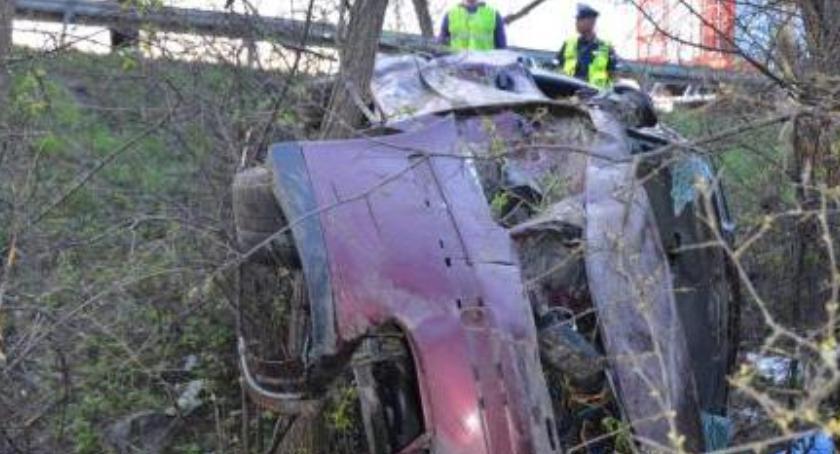 Wypadki drogowe , Wypadek Chmielewie zatrzymane prawo jazdy - zdjęcie, fotografia