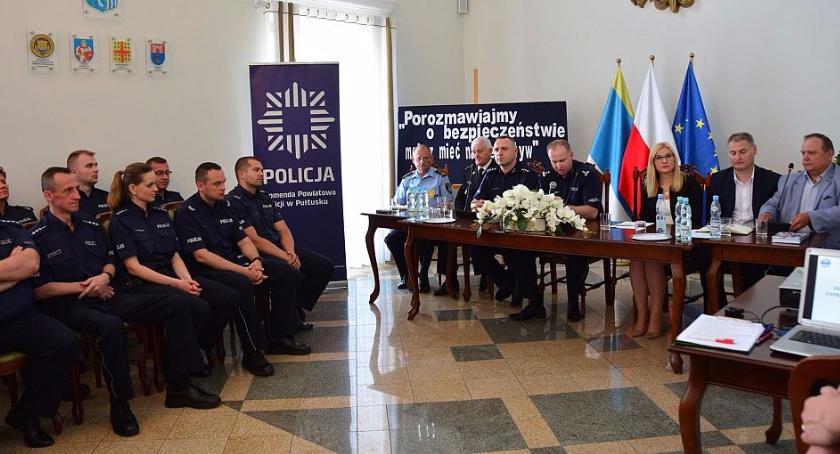 Policja, Debata bezpieczeństwie - zdjęcie, fotografia