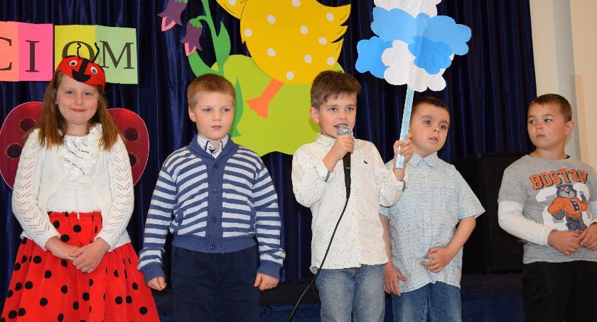 Przedszkola, Humorystyczne recytacje winnickim przedszkolu - zdjęcie, fotografia