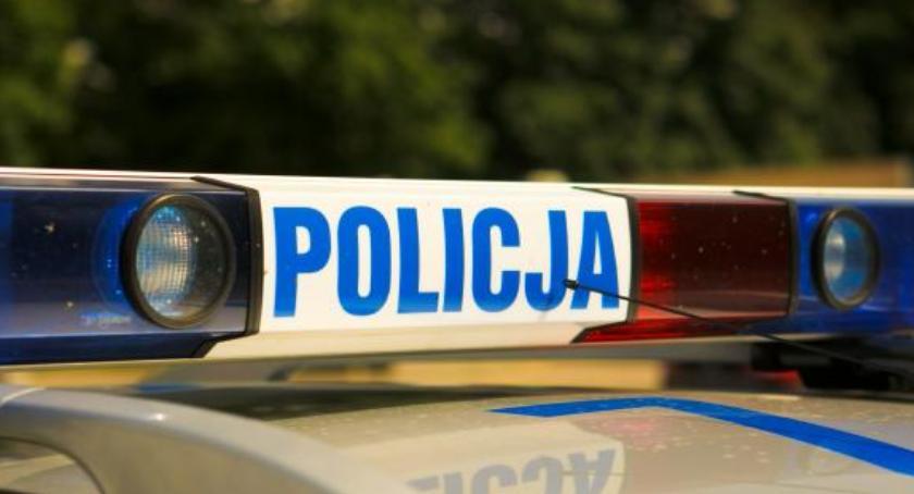 Wypadki drogowe , Kolizja samochodu motocyklem - zdjęcie, fotografia