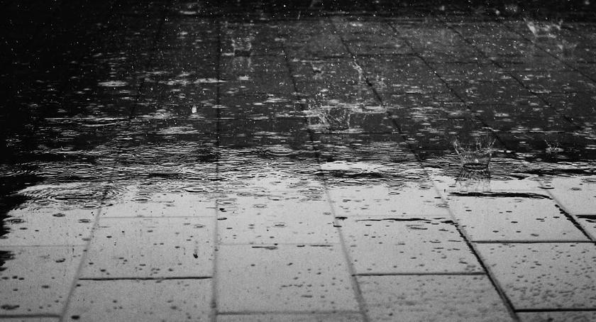Komunikaty, Deszcz burze - zdjęcie, fotografia