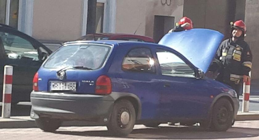 Straż Pożarna, Pożar samochodu - zdjęcie, fotografia