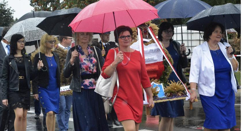 Wystawy, Dożynki gminne Winnicy - zdjęcie, fotografia