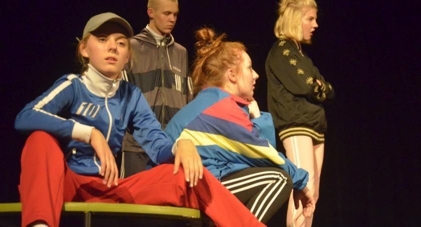 """Tradycje Teatralne Pułtuska, """"Dziób dziób"""" wykonaniu grupy teatralnej """"REMIZA"""" - zdjęcie, fotografia"""