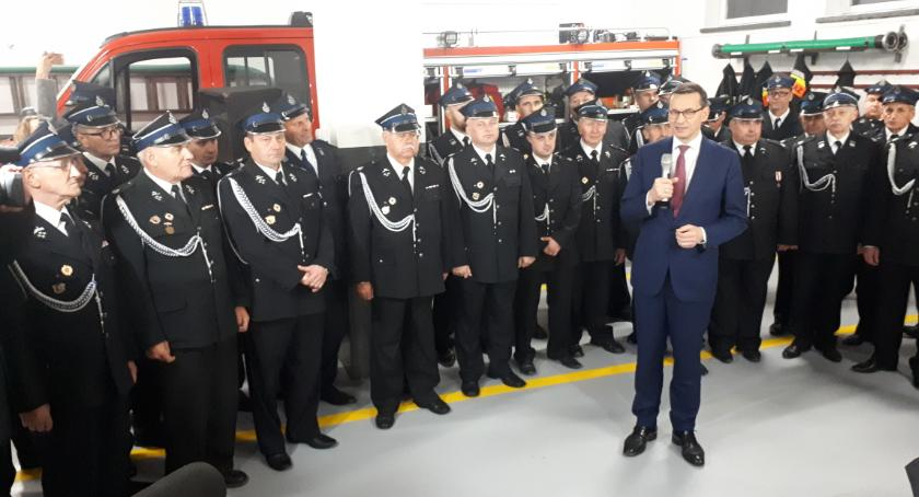 Wydarzenia, Premier Morawiecki odwiedził Winnicę Golądkowo - zdjęcie, fotografia