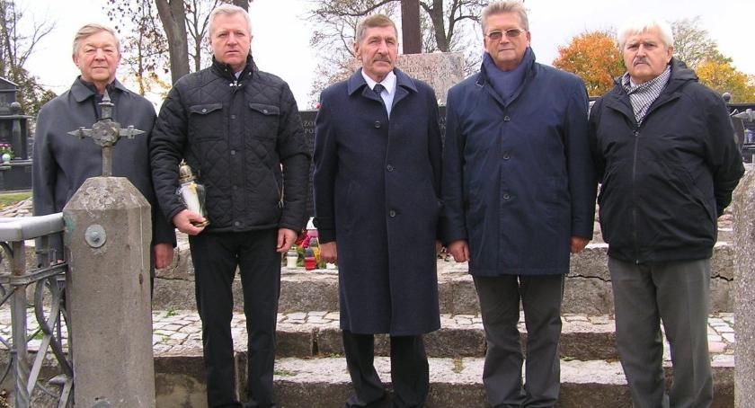 Historia, Żołnierska pamięć - zdjęcie, fotografia