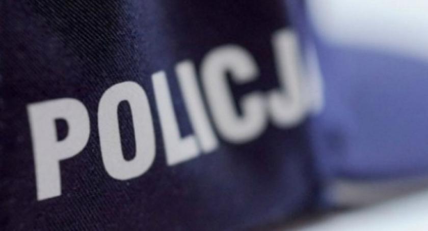 Policja, Policjanci protestują komendant powiatowy uspokaja - zdjęcie, fotografia