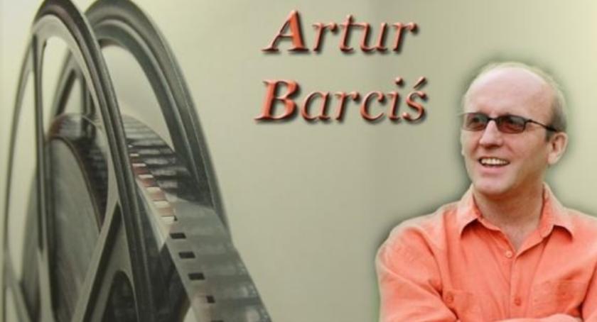 Zaproszenia, Biblioteka zaprasza spotkanie Arturem Barcisiem - zdjęcie, fotografia