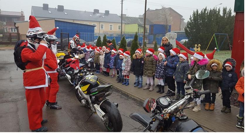 Tradycja, Mikołaje akcji! - zdjęcie, fotografia