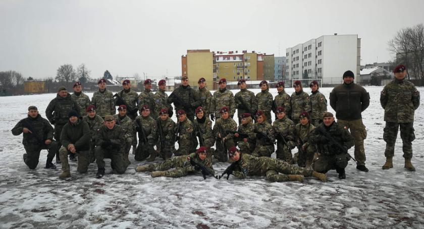 Wydarzenia, Terytorialsi szkolą pułtuskich uczniów - zdjęcie, fotografia
