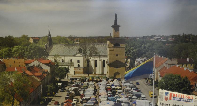 Wydarzenia, Panorama rynku roczna prenumerata wylicytuj niedzielę - zdjęcie, fotografia