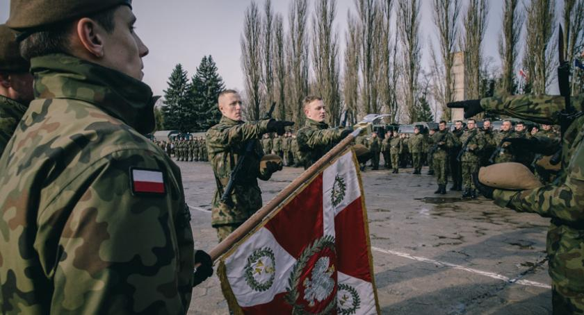 Wydarzenia, Pierwsza przysięga terytorialsów - zdjęcie, fotografia