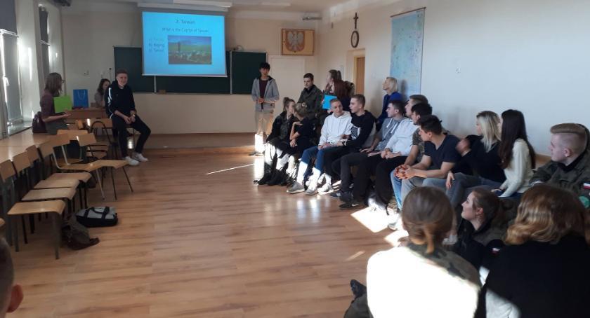 Szkoły powiatowe, Językowo kulturalne warsztaty Ruszkowskim - zdjęcie, fotografia