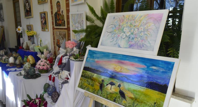 Wystawy, Wystawa Twórczości Osób Niepełnosprawnych - zdjęcie, fotografia