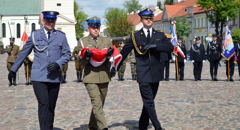 Wydarzenia, Wiwat Trzeci Pułtusk uczcił Święto Konstytucji - zdjęcie, fotografia