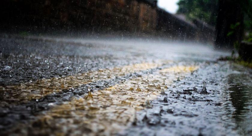 Komunikaty, Deszcz wiatr burze - zdjęcie, fotografia