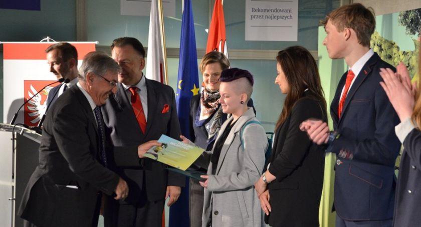 Wydarzenia, Pułtuszczanka laureatką konkursu samorządu Mazowsza - zdjęcie, fotografia