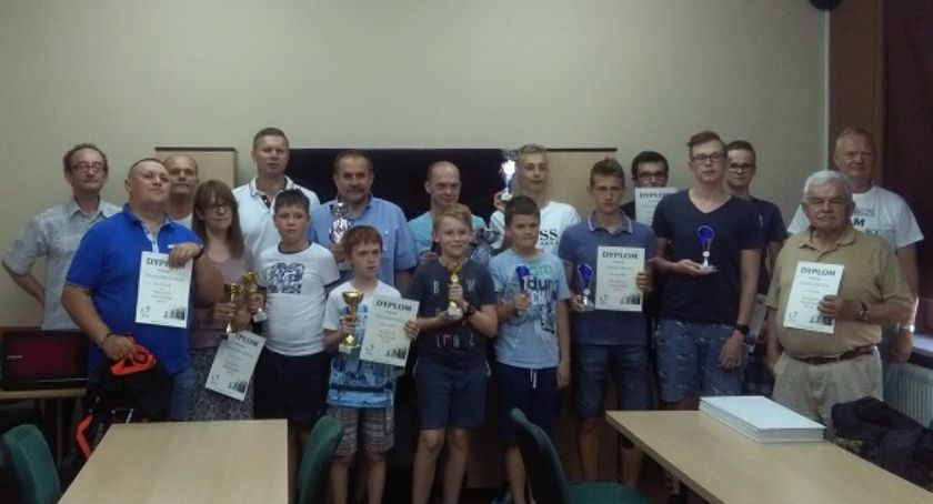 Wydarzenia, Szachiści Nadnarwianki turnieju Serocku - zdjęcie, fotografia