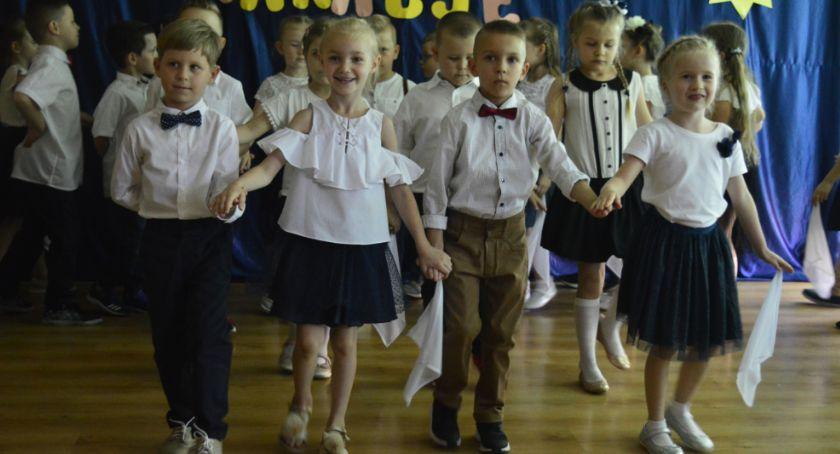 Przedszkola, Pożegnanie sześciolatków miejskiej Czwórce - zdjęcie, fotografia