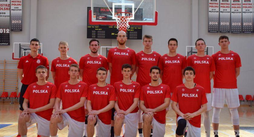 Koszykówka, Pułtuszczanin koszykarskiej reprezentacji Polski - zdjęcie, fotografia