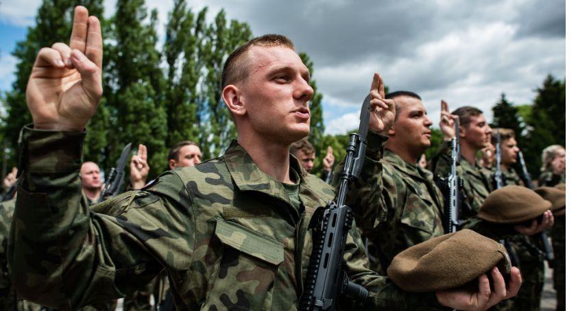 Społeczeństwo, Pułtuszczanie zasilili szeregi terytorialsów - zdjęcie, fotografia