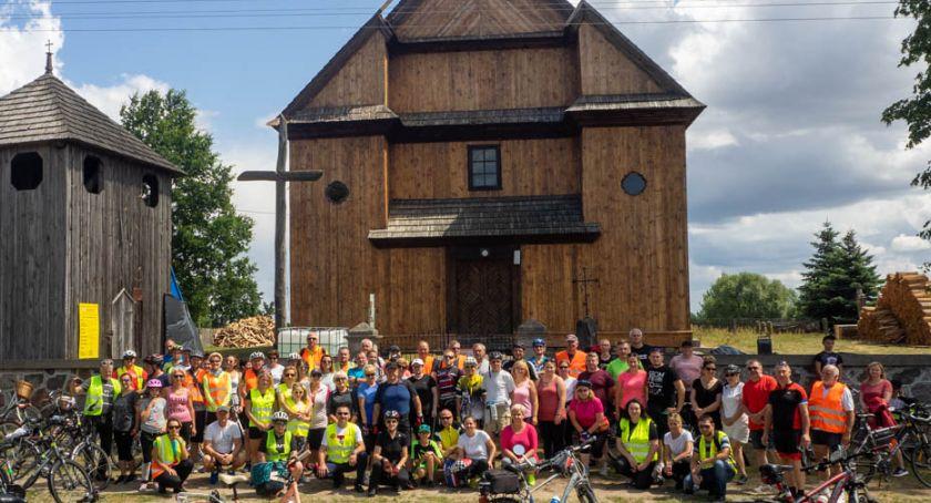 Wydarzenia, rowerowy śladem miejsc pamięci związanych rokiem - zdjęcie, fotografia