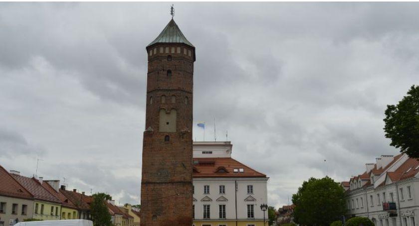 Miasto, Remont wieży ratuszowej poniedziałku - zdjęcie, fotografia