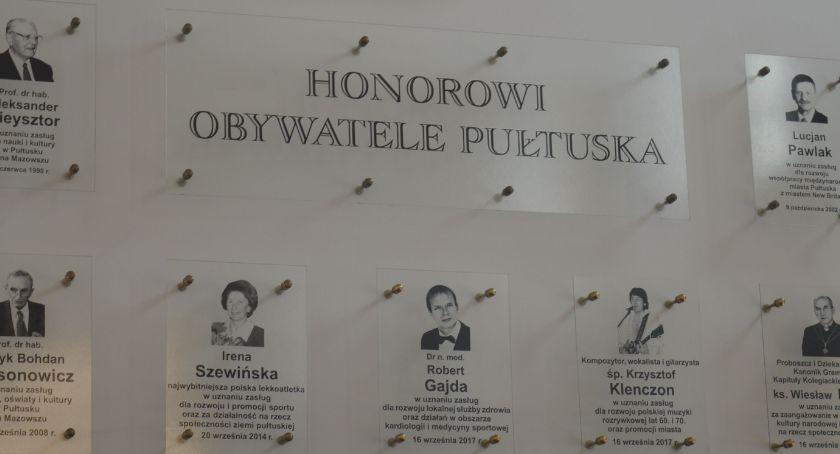 Samorząd, będzie mogła pozbawić tytułu honorowego obywatela Pułtuska - zdjęcie, fotografia