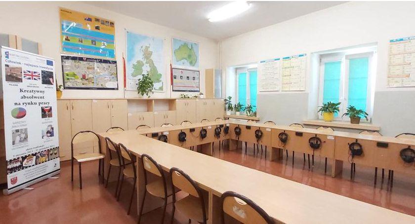 Szkoły powiatowe, Przygotowanie szkół placówek oświatowych powiatu rozpoczęcia szkolnego 2019/2020 - zdjęcie, fotografia