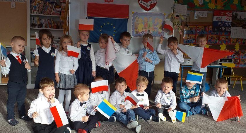 Przedszkola, Święto Odzyskania Niepodległości miejskiej Piątce - zdjęcie, fotografia