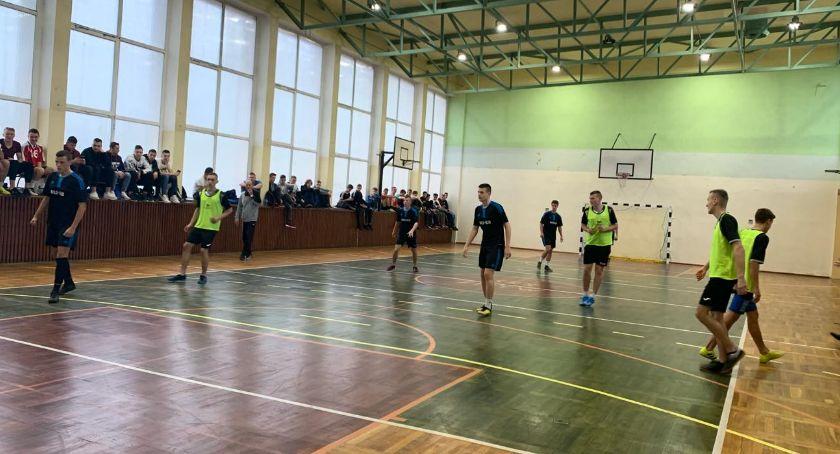 Piłka nożna, Mistrzostwa Powiatu piłce nożnej halowej chłopców - zdjęcie, fotografia