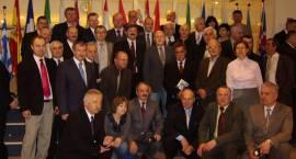 Mocna grupa w Brukseli