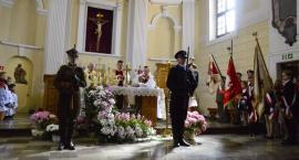W hołdzie pomordowanym w Katyniu i ofiarom katastrofy w Smoleńsku